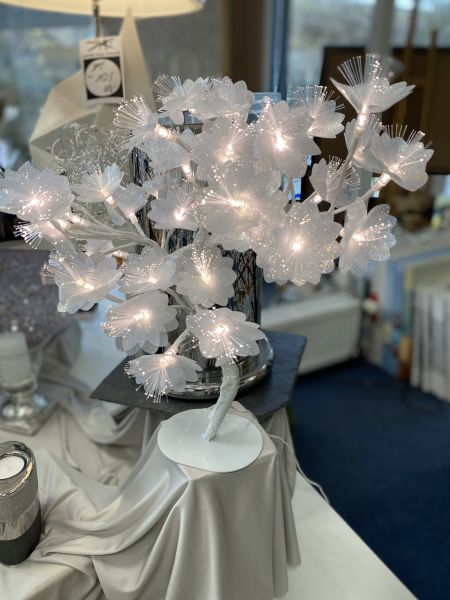 Bäumchen mit LED Weiss