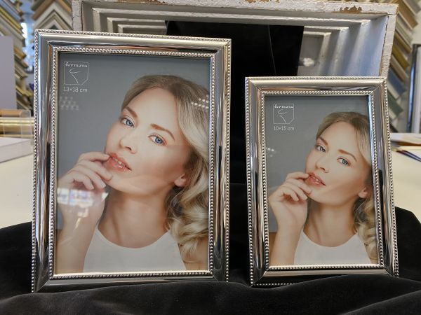 Fotorahmen silber verziert 13 x 18